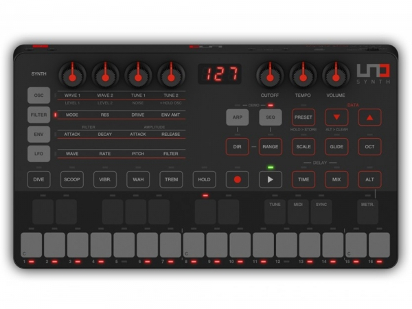 IK Multimedia Uno Synth True analog synthesizer