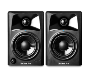 M-Audio AV32 studio monitor set